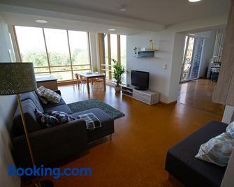 Gästewohnung Hardinghaus am Teich - Warendorf - Wohnzimmer