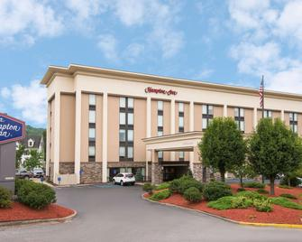 Hampton Inn Bridgeport/Clarksburg - Bridgeport - Building
