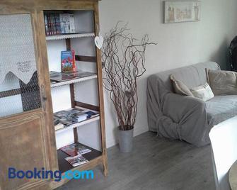 Le Coq En Pate - Peronne - Living room