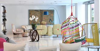 Athenaeum Grand Hotel - אתונה - טרקלין