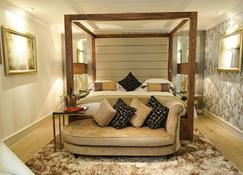 Grosvenor Pulford Hotel & Spa - Chester - Bedroom