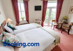 O'Donovan's Hotel - Clonakilty - Bedroom