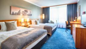 Leonardo Hotel Köln Bonn Airport - Cologne - Bedroom