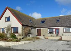 Lindisfarne Bed & Breakfast - Stromness - Building