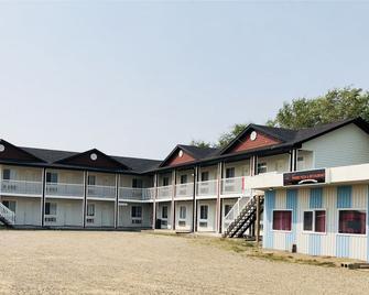 Good Times Motel - Langham - Building