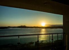 Hotel Aroha - Seogwipo - Balcón
