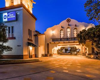 Best Western Casa Grande Inn - Arroyo Grande - Edificio