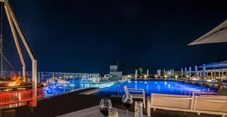 Intercontinental Malta - San Julián - Piscina