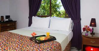 Mynt Retreat Bed & Breakfast - מונטגו ביי