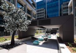Avenue Hotel Canberra - Canberra