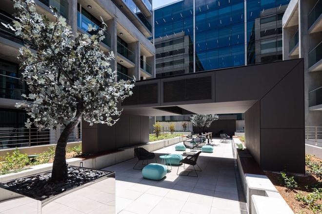 Avenue Hotel Canberra - Camberra - Patio