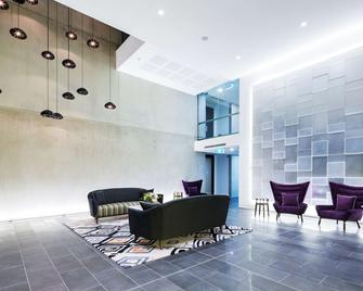 Avenue Hotel Canberra - Canberra - Lobby