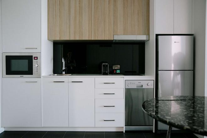 Avenue Hotel Canberra - Canberra - Kitchen