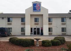 Motel 6 Elk City, OK - Elk City - Building