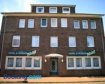 Hotel-Pension Peterhof - Juist - Building
