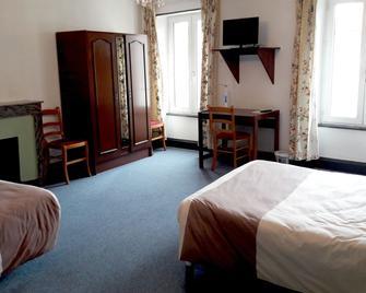 Logis Hôtel des Voyageurs - Saint-Paulien - Bedroom