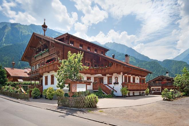 Bruggerhof - Mayrhofen - Building