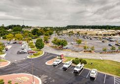 Comfort Suites Outlet Center - Asheville - Outdoor view