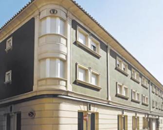 Hotel Isabel - Almussafes - Gebouw