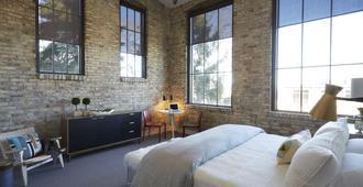 Kinn Guesthouse Mke - Milwaukee