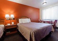 Americas Best Value Airport Inn - SeaTac - Bedroom