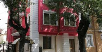 Sofia Residence Boutique Hotel - โซเฟีย