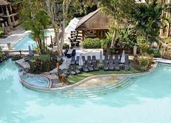 Pullman Palm Cove Sea Temple Resort and Spa - Palm Cove - Pool