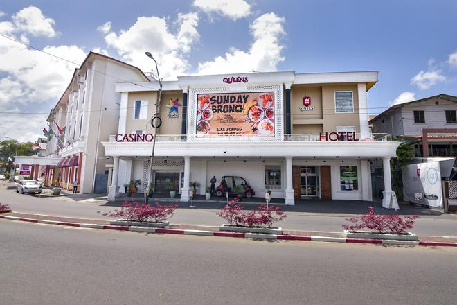 Queens Hotel - Paramaribo - Building
