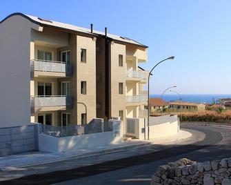 Appartamenti Sud Est - Marina di Ragusa - Gebäude