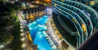 هوتل لا أميركاز تور ديل مار - كارتاخينا دي إندياس - حوض السباحة