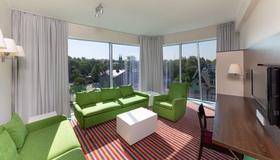 Park Inn by Radisson Meriton Conference&Spa Tallin - Tallinn - Stue