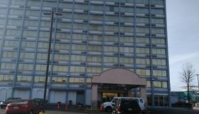 大學區套房酒店 - 克里夫蘭 - 克利夫蘭 - 建築
