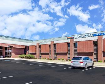 Baymont by Wyndham Elkhart - Elkhart - Building