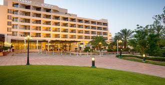 Danat Al Ain Resort - Al Ain - Edificio