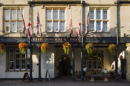 The Snooty Fox - Tetbury - Edificio