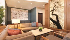 Hyatt Place at Anaheim Resort/Convention Center - Anaheim - Sala de estar