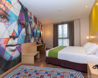 Hotel Gran Bilbao - Bilbao - Habitación