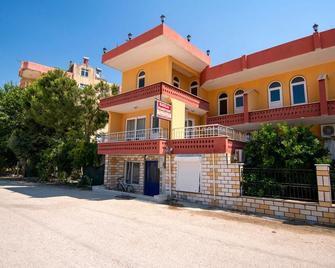 Baykal Pension - Finike - Building
