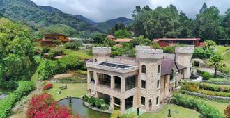 Bambuda Castle - Boquete - Außenansicht