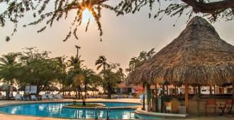 Estelar Santamar Hotel & Centro de Convenciones - Santa Marta - Bể bơi