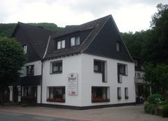 Landhotel Pingel - Sundern - Building