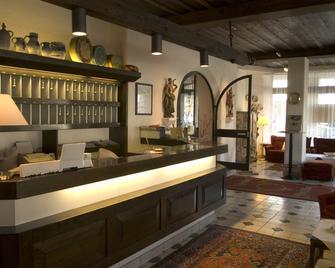 Hotel Alpenhof Postillion - Kochel - Front desk