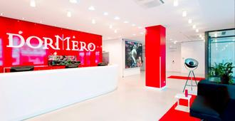 Dormero Hotel Hannover - Hannover - Receptionist