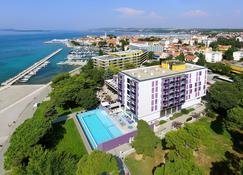 Hotel Adriatic - Biograd na Moru - Building