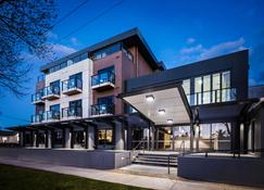 Quality Hotel Lakeside - Bendigo - Rakennus