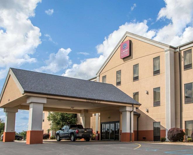Comfort Suites Jefferson City - Jefferson City - Building