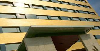 Hotel Yasmin - Κόσιτσε - Κτίριο
