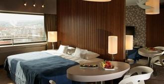 Hotel Yasmin - Košice - Schlafzimmer