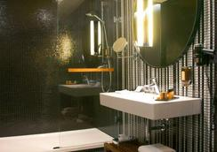 Hotel Yasmin - Košice - Bathroom