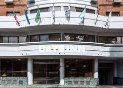 Days Inn Montevideo - Montevideo - Building